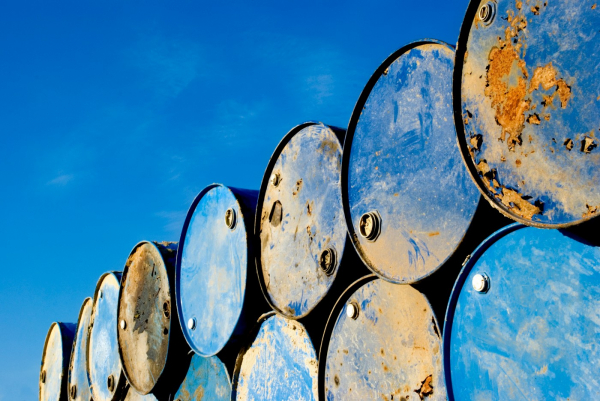 With Crude Near 3-Year Highs, Should Investors Worry About $100 Oil?